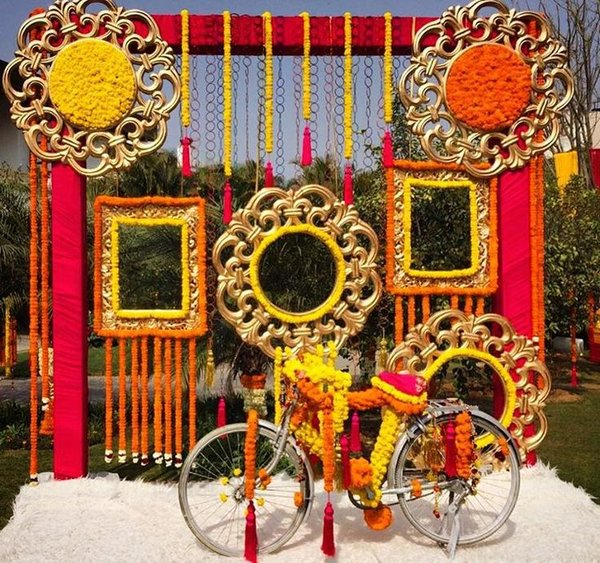 d822abeb0df972166dda3d607223c0fc--indian-mandap-decor-mendhi-decor (1)
